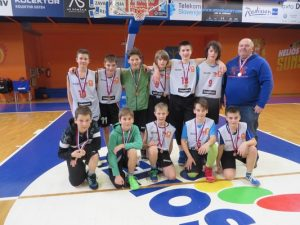 Košarkaši OŠ Pirniče osvojili bron